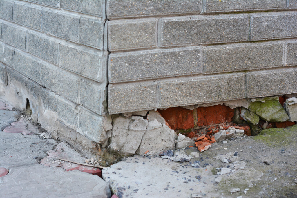 damaged foundation